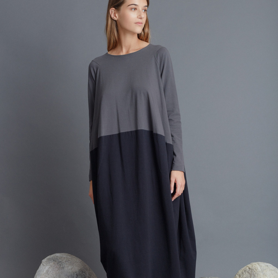 BORDERLESS DRESS, GREY/BLACK
