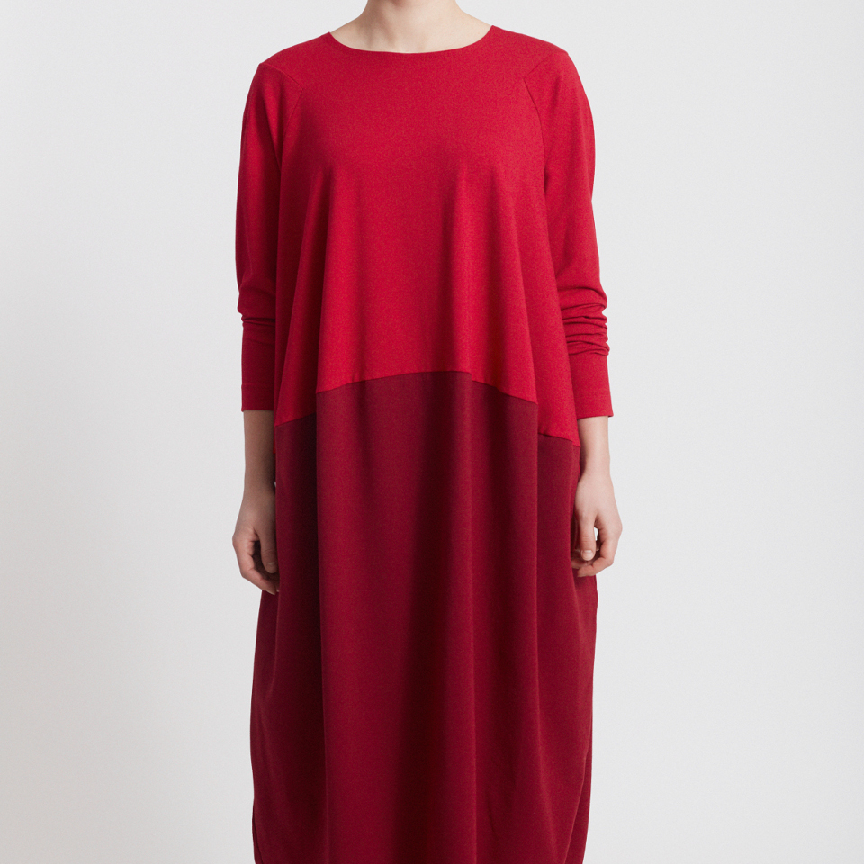 BORDERLESS DRESS RED
