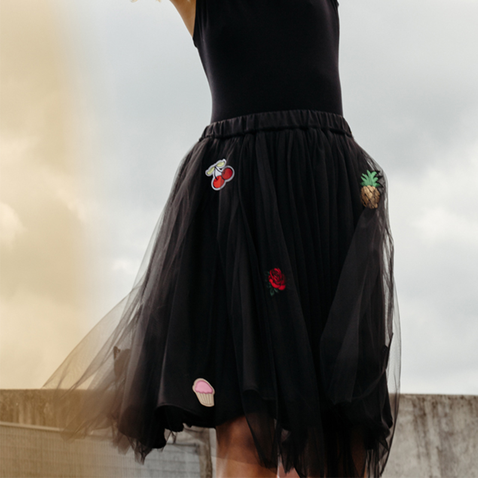 Aurora skirt with stickers in black
