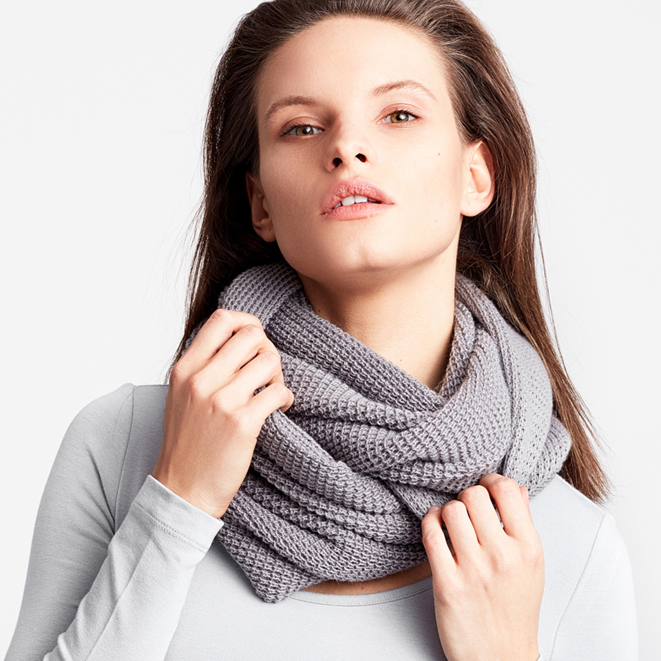 HER MAJESTY scarf - grey